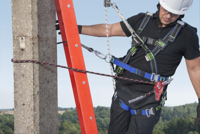 Honeywell pr?senterer de nyeste sikkerhedsl?sninger til komplekse opgaver ved arbejde i h?jden p? udstillingen WindEnergy 2014