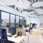 Industrialne wnętrza – jak pogodzić design z komfortem pracowników?
