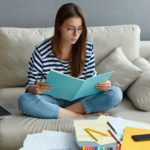 Zimowa sesja egzaminacyjna coraz bliżej  - po co studentowi sezam?